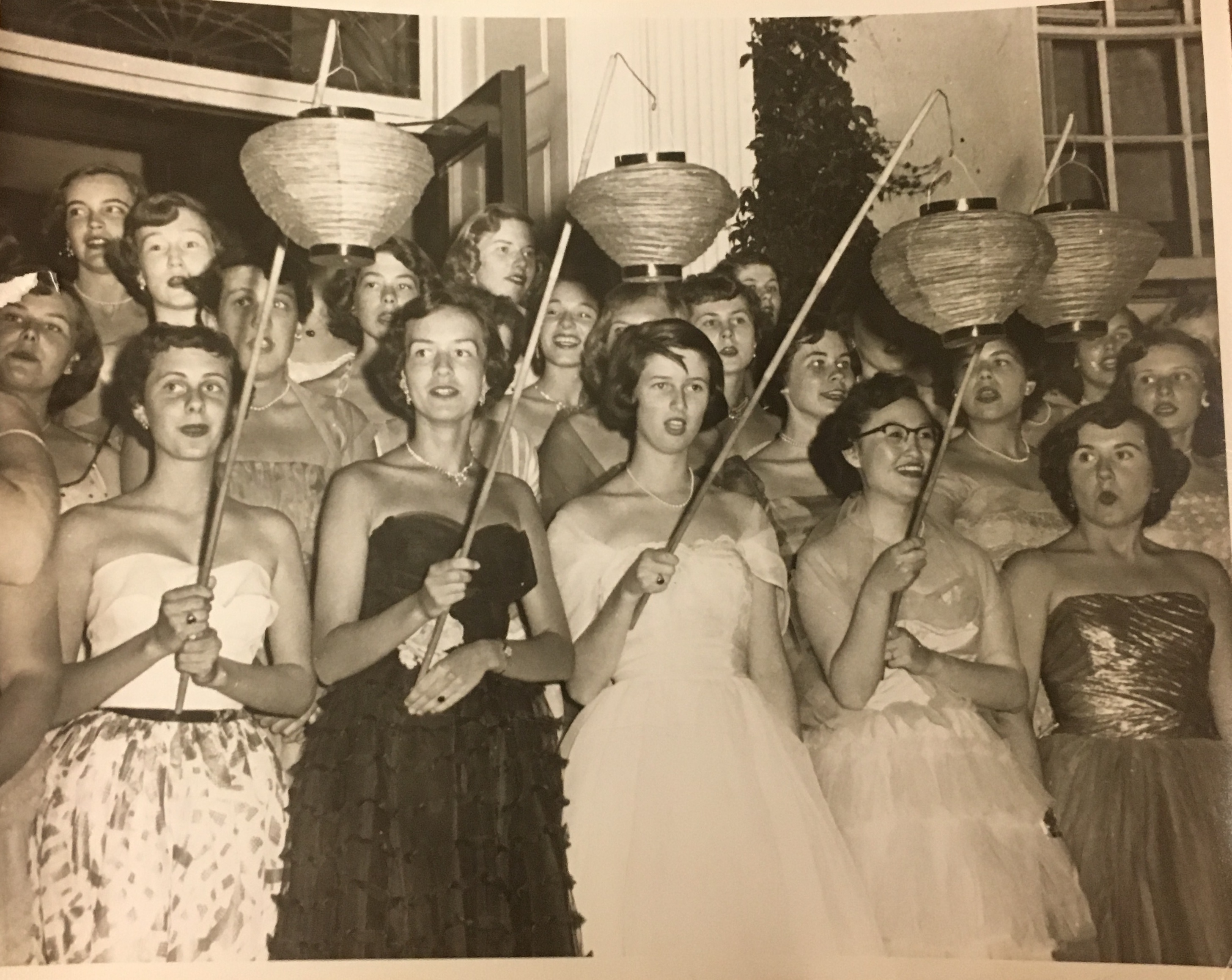 TBT: Singing the Praises of the Class of 1953